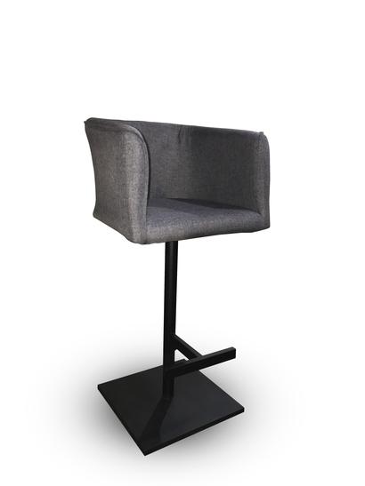 MRU14 - Fabrika bar <br>Цена 3950 грн <br>600*560*1060н
